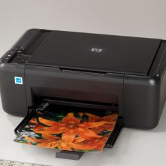 Issue: ICRT Story: Printers Batch 08 Product: HP Model: Deskjet F2480 (CB730B) CU: IC09010-0111-00-0909-VU01 Purpose: Main View Photographer: Peter Pezzella